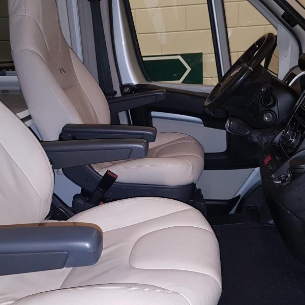 ADRIA Twin 640 SLX, langsb, autom, 6,4 mtr, 2015, 62 dkm, 3.0 ltr,180 pk