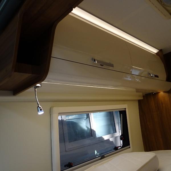 Karmann Davis 620, buscamper, langsbedden, 6,4 mtr