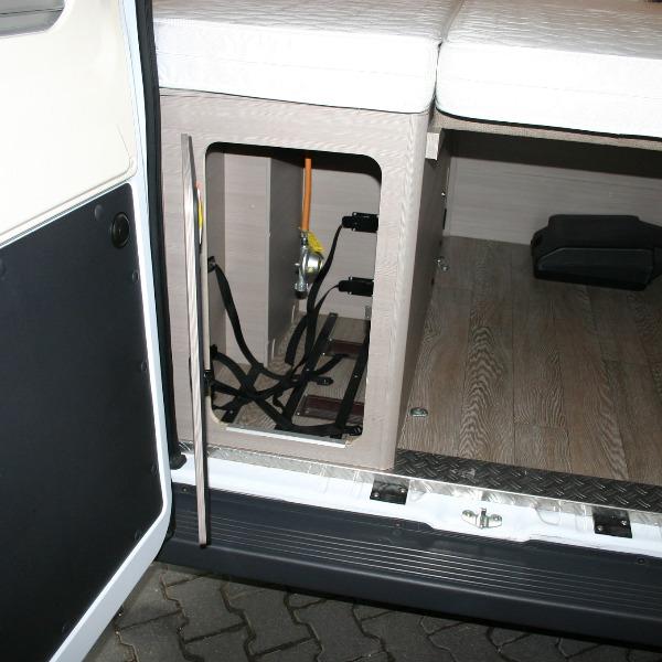 Hobby Vantana 600, bj 2016, 41 dkm, 150 pk, wit