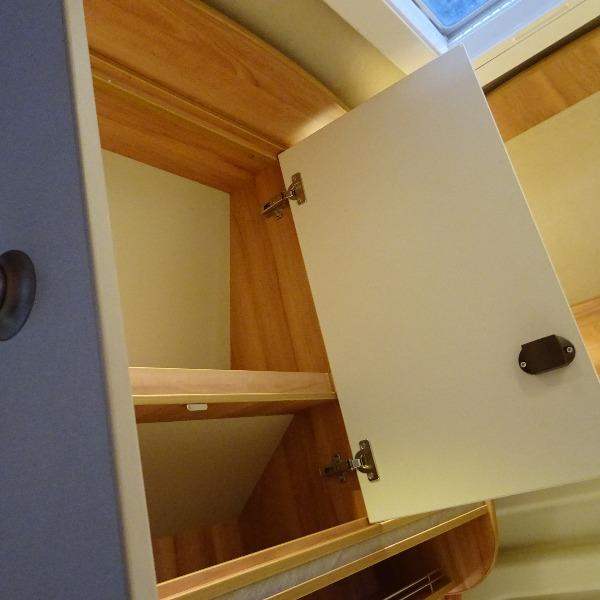 Pössl Vario, 6mtr. buscamper, 4 vaste slaapplaatsen, verhoogd dak, 2013, 50 dkm