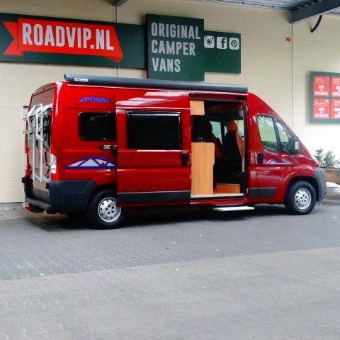 Pössl 2WIN buscamper 6 mtr, bj. 2011, rood