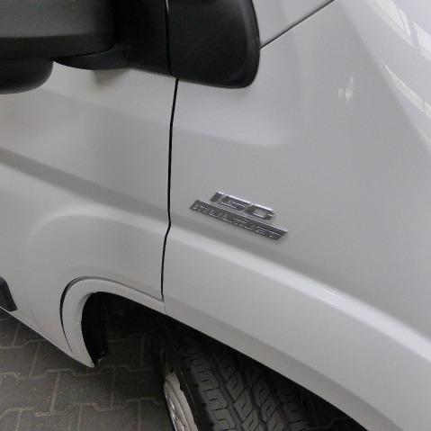 Pössl ROADCAR 640, buscamper, langsbedden, 2,3 ltr, 150 pk, 2016, 115 dkm, wit